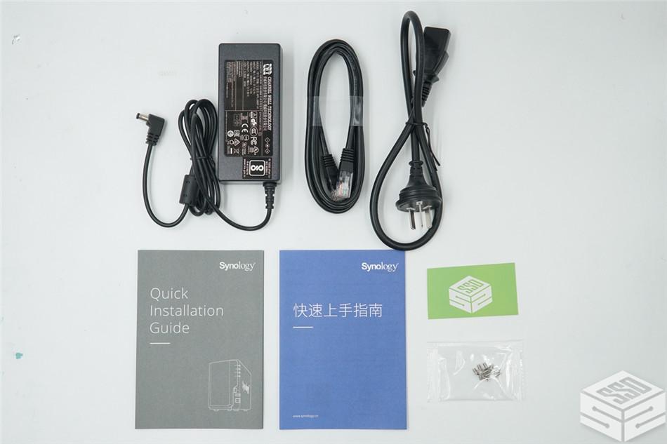 双固态硬盘体验群晖DS218+:上篇【硬件的安装】